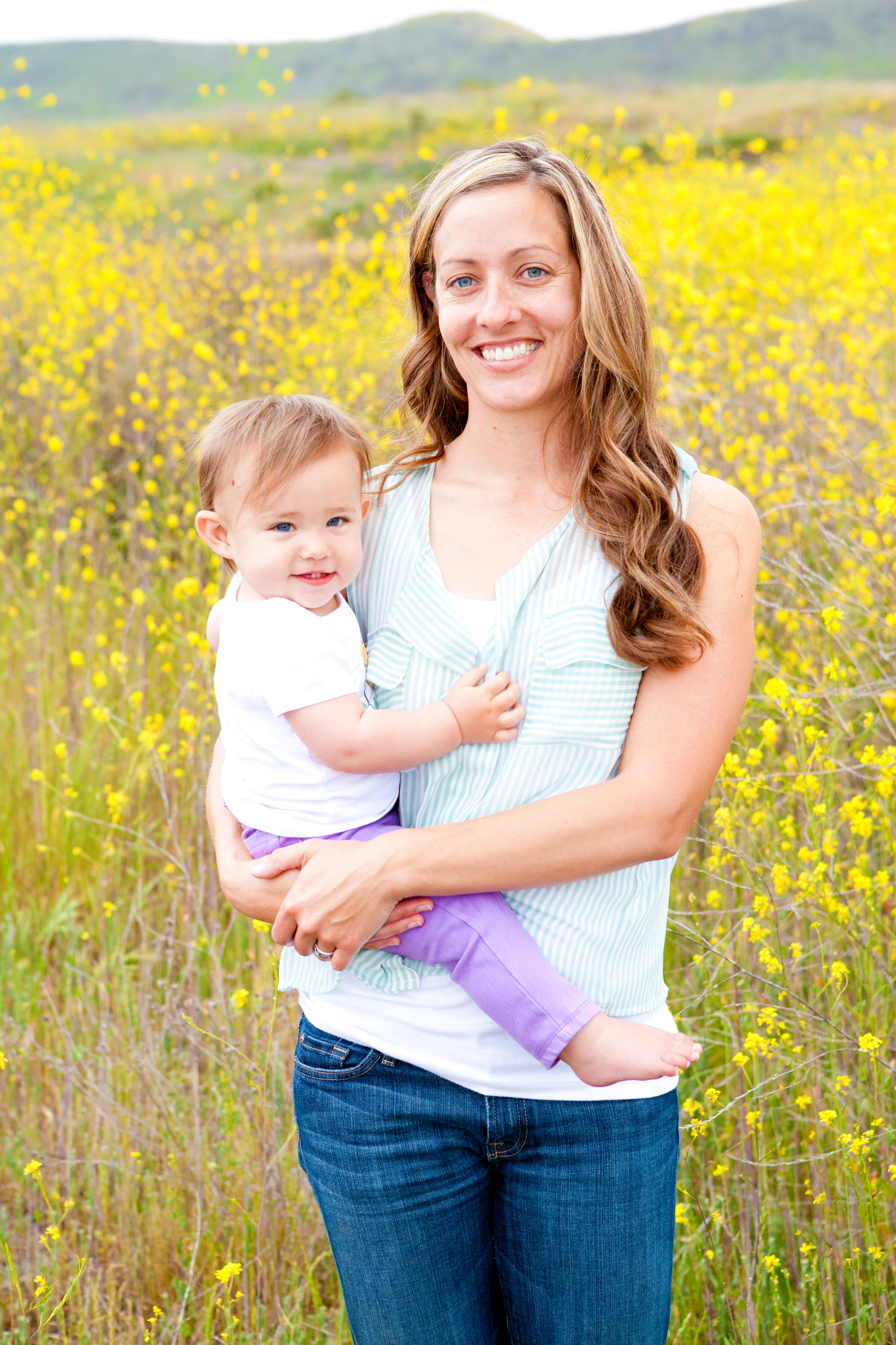 pretty wildflower photo session in san juan capistrano