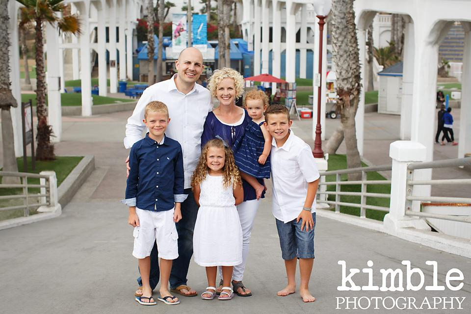 Alluring Oceanside Family Portraits