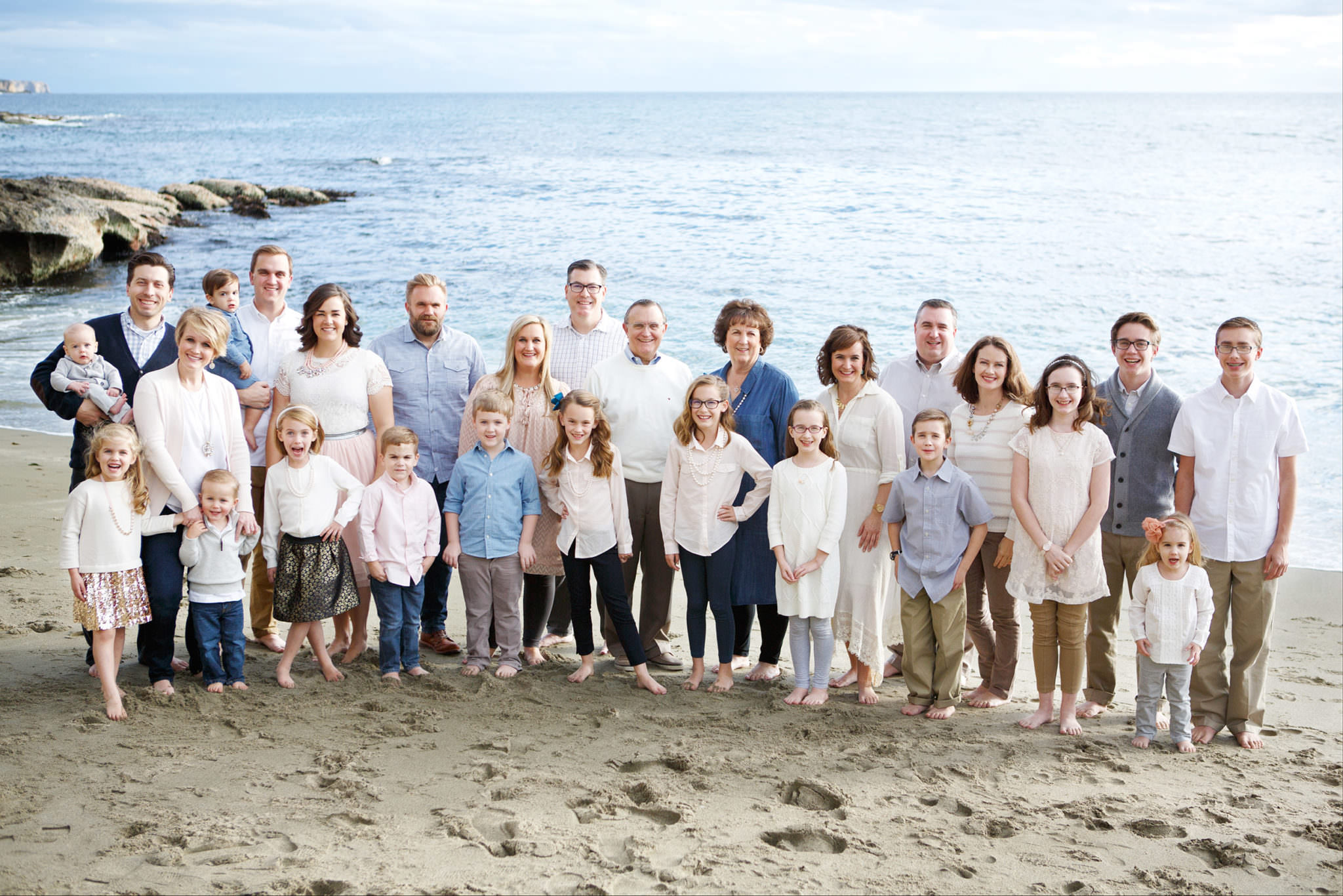 Beautiful Family Photos in Laguna Beach